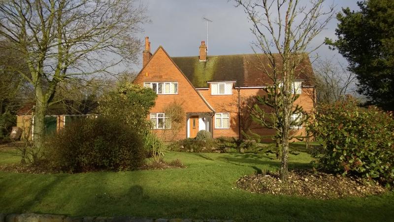 Sunny house scene