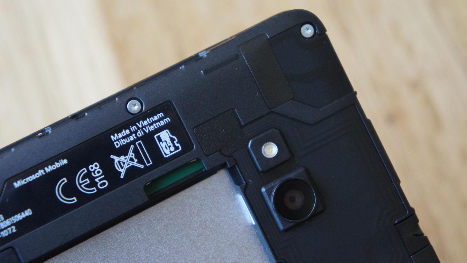 Lumia 640 sim card size