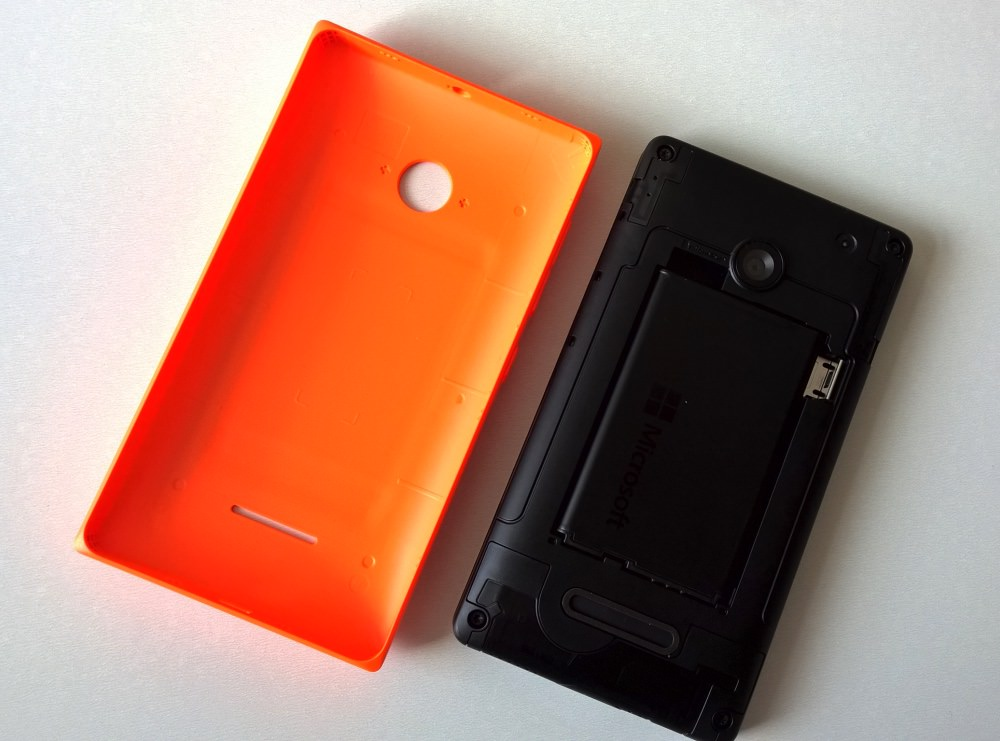 Lumia 435 review image