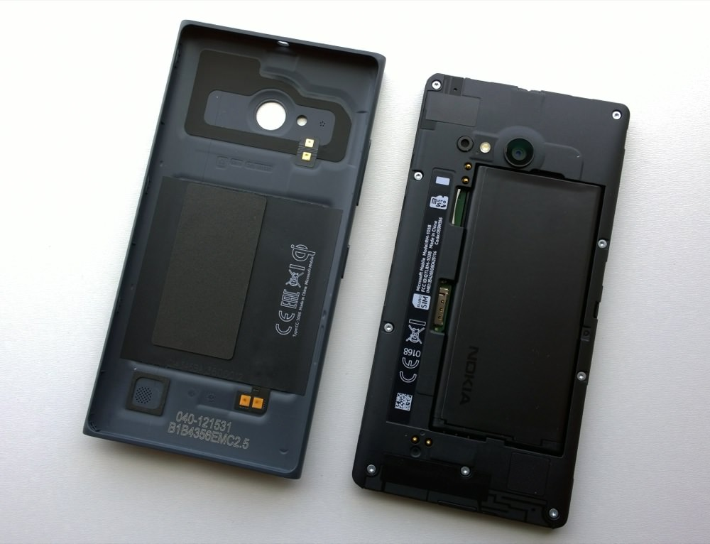 Insides of Lumia 735/730